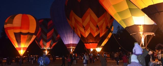 Hot Air Balloon Light Up, Vernon Winter Carnival